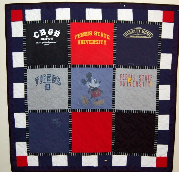 Bereavement T-Shirt Quilt - Cheryl's Quilt
