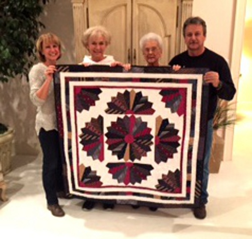 Family display tie quilt made for mother